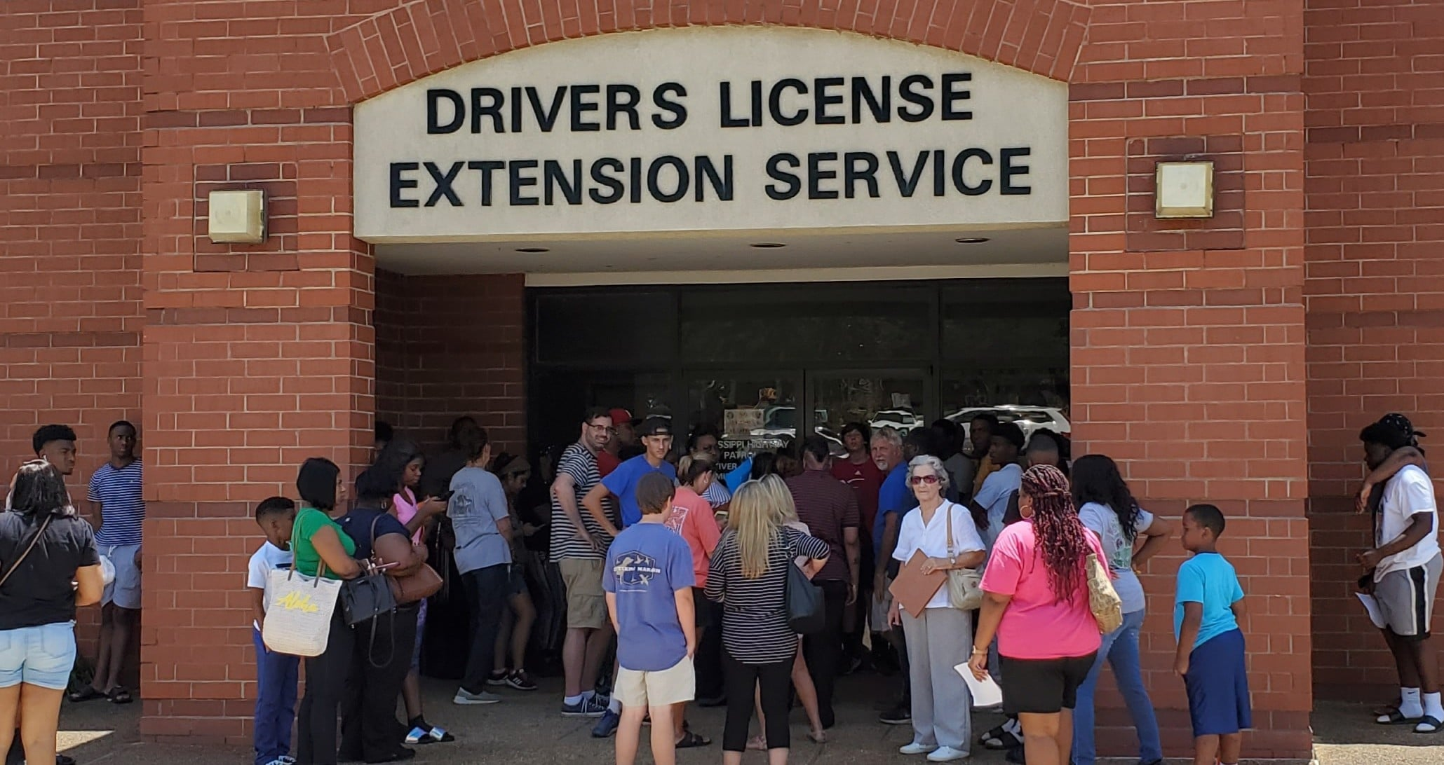 All Mississippi Driver's License Stations closed today