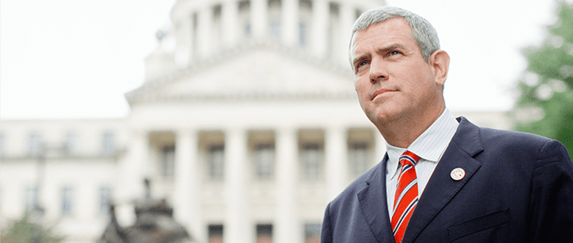 Mississippi House Speaker pushing freshmen lawmakers to give up